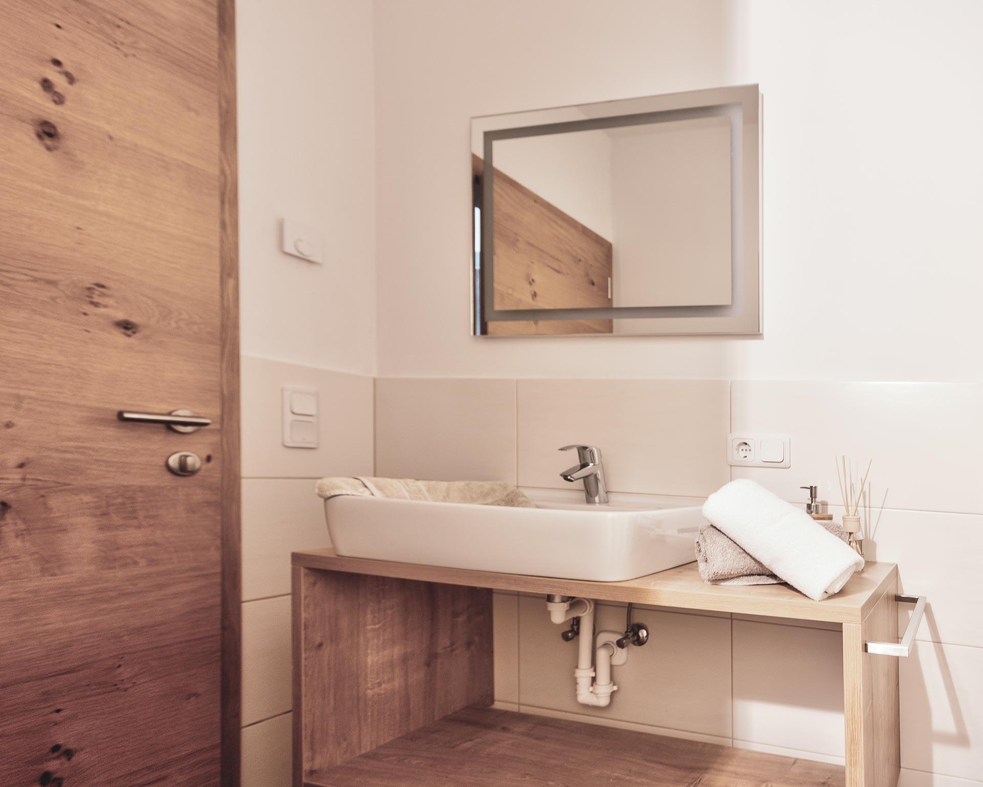 badezimmer appartement kematen pfarrwirt sand in taufers