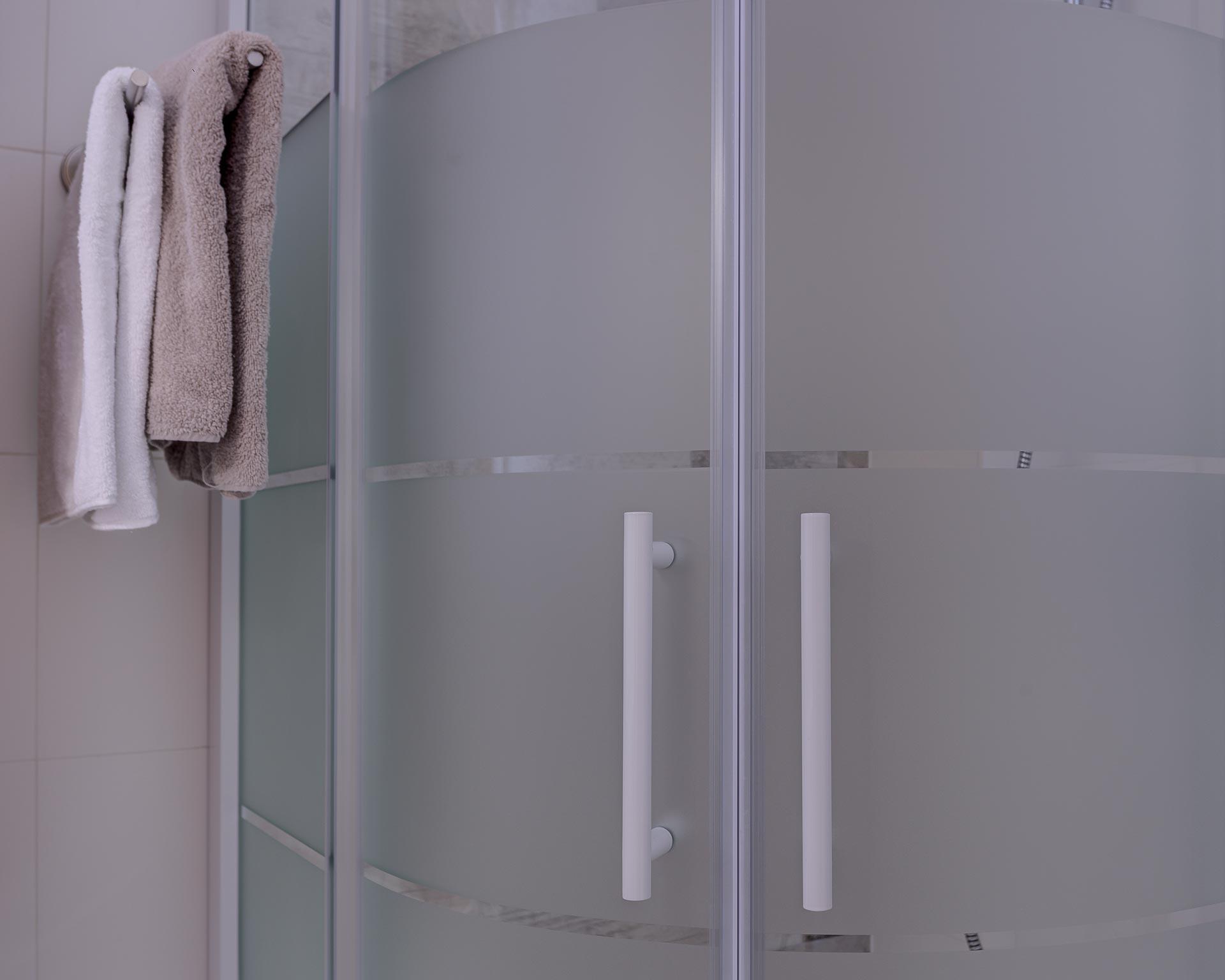 dusche chalet waldblick 1 pfarrwirt appartements sand in taufers