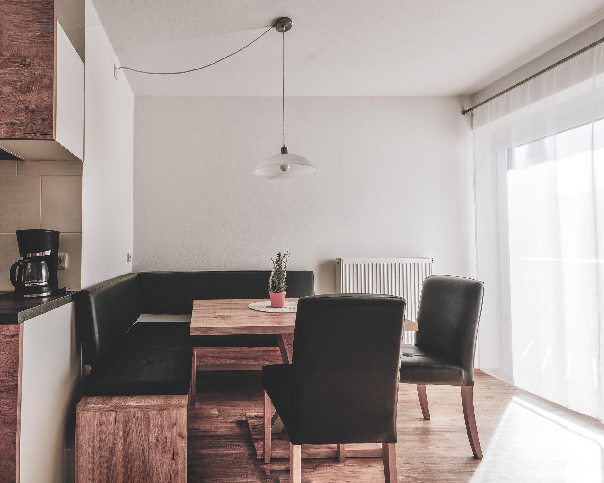 essecke wohnküche appartement muehlen pfarrwirt sand in taufers