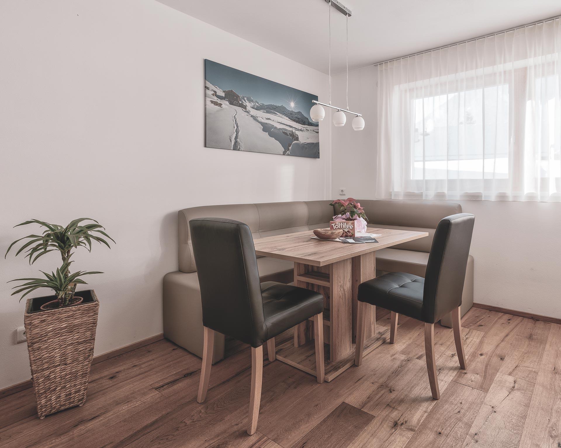 chalet waldblick 2 wohnkueche pfarrwirt appartements sand in taufers