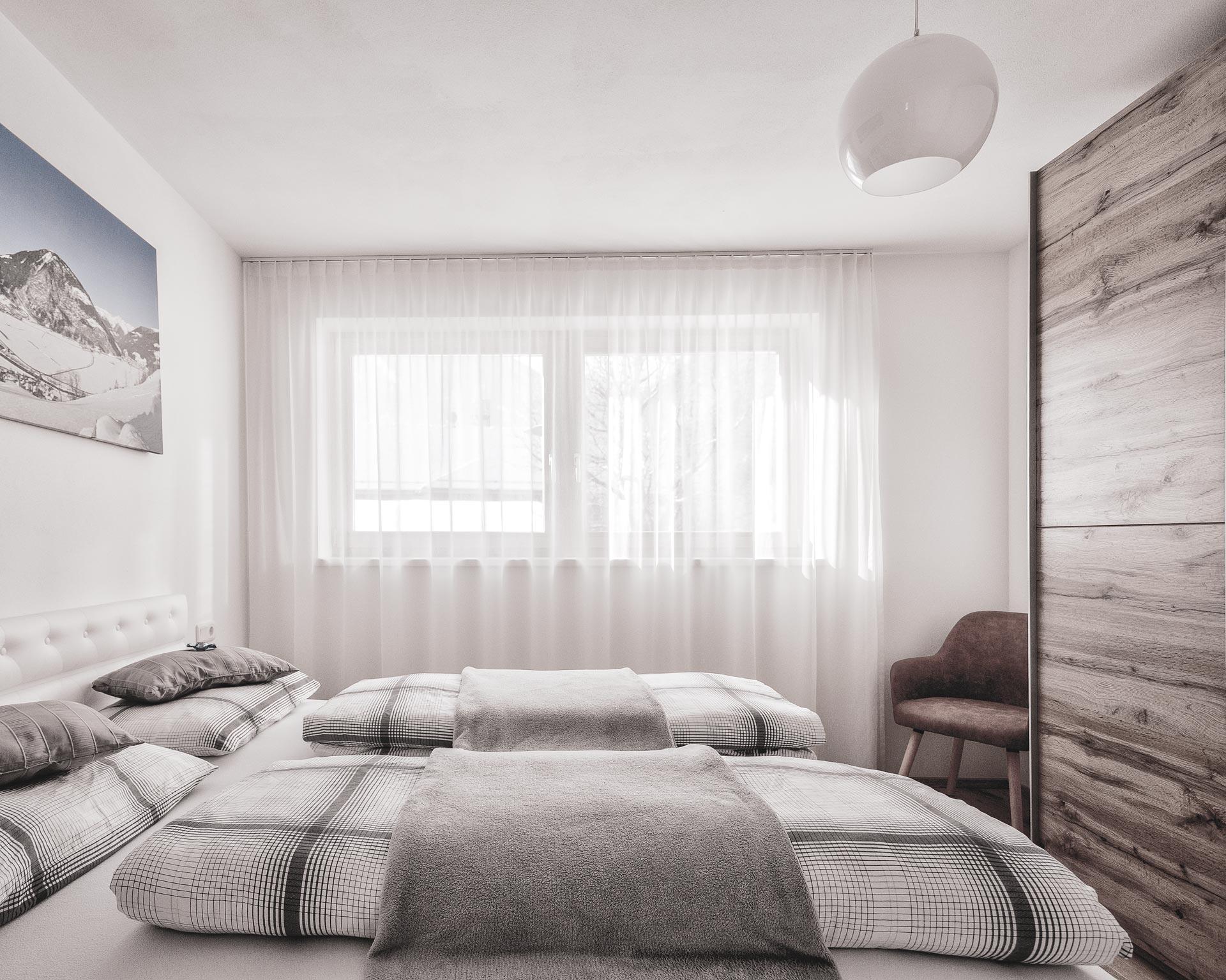 schlafzimmer appartment chalet waldblick 2 pfarrwirt sand in taufers
