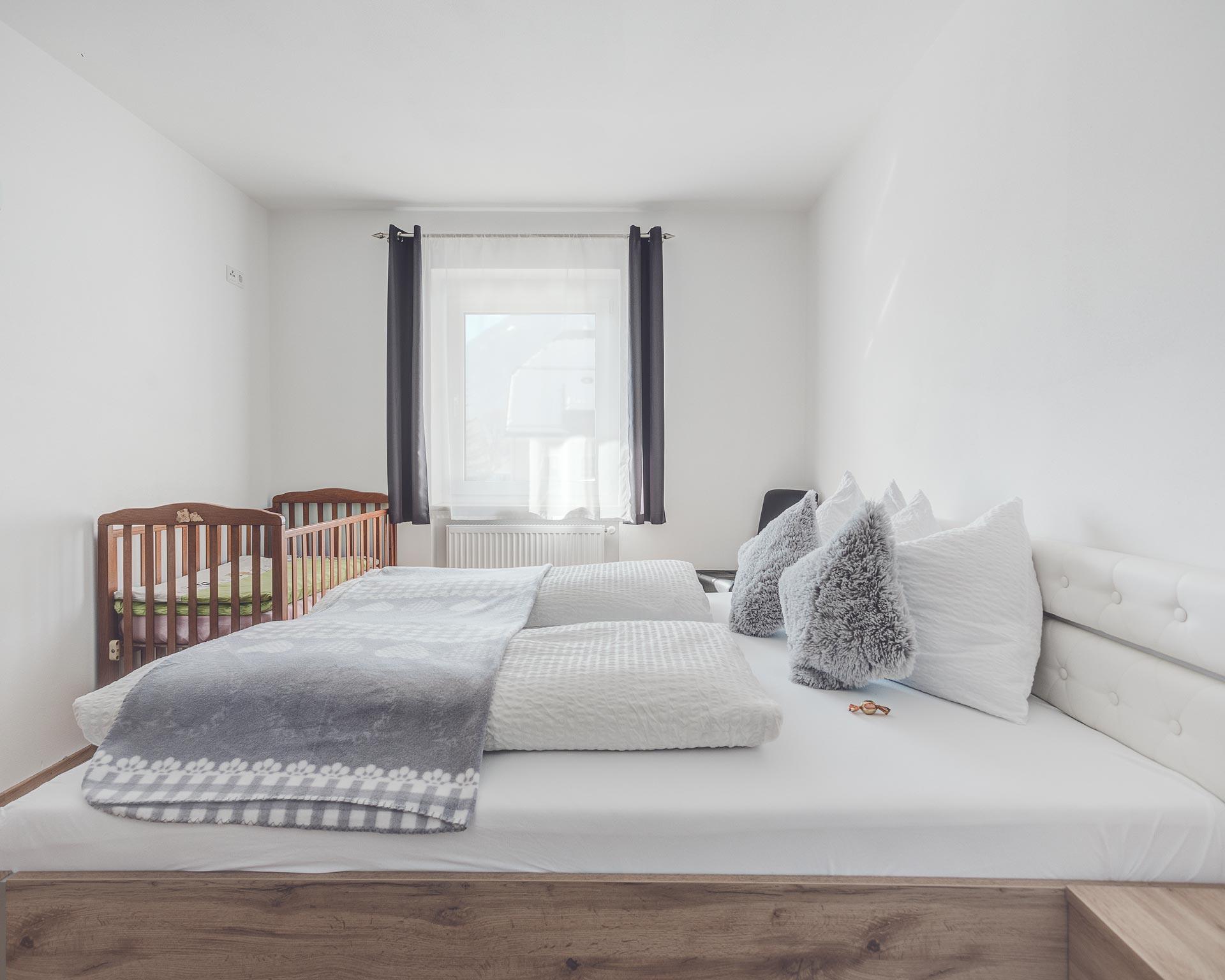 appartement muehlen schlafzimmer pfarrwirt sand in taufers
