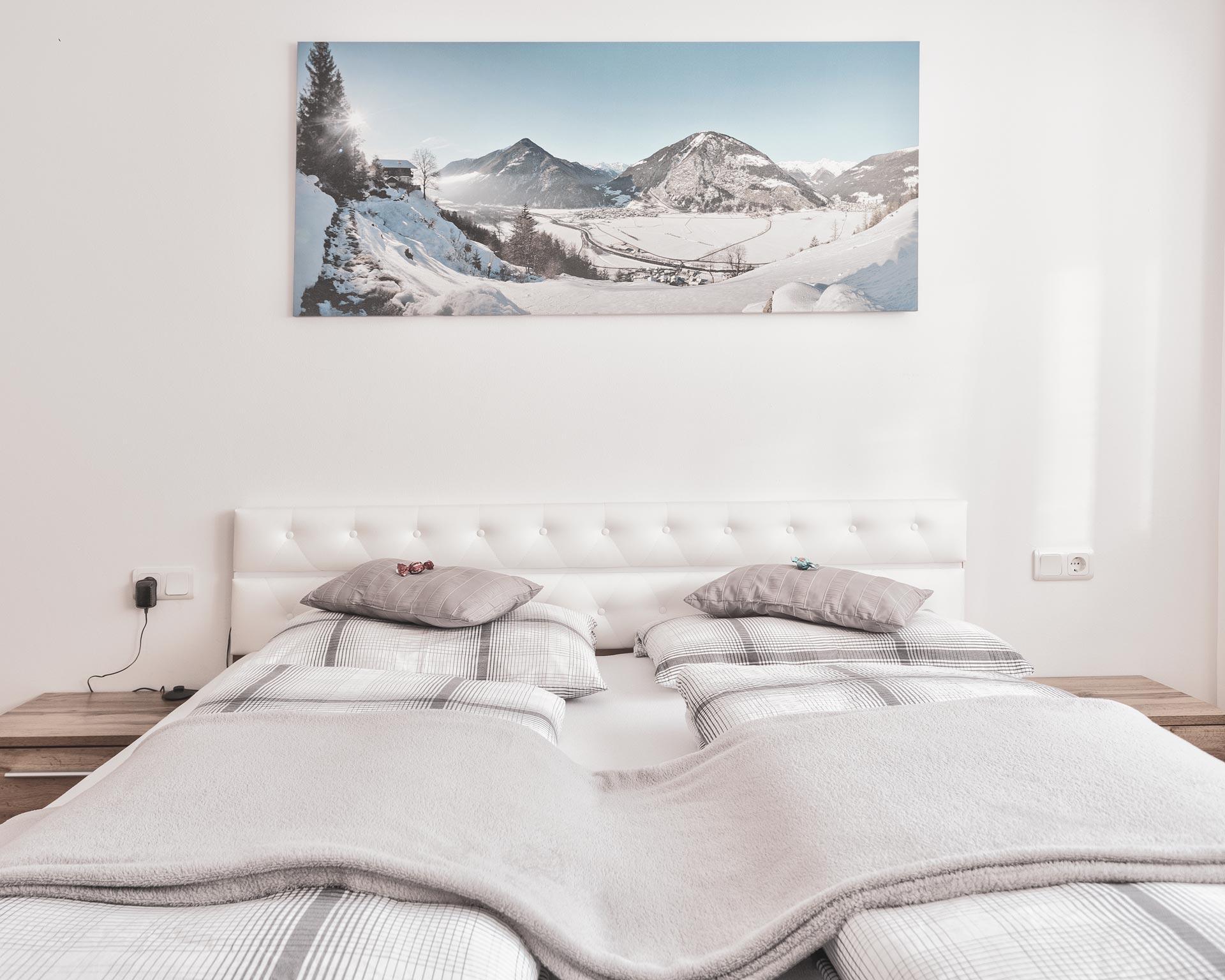 betten schlafzimmer chalet waldblick 2 appartements pfarrwirt sand in taufers